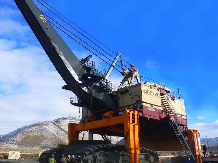 Lifting latest model P&H 4100XPC shovel.